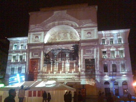Imagine atasata: opera1.jpg